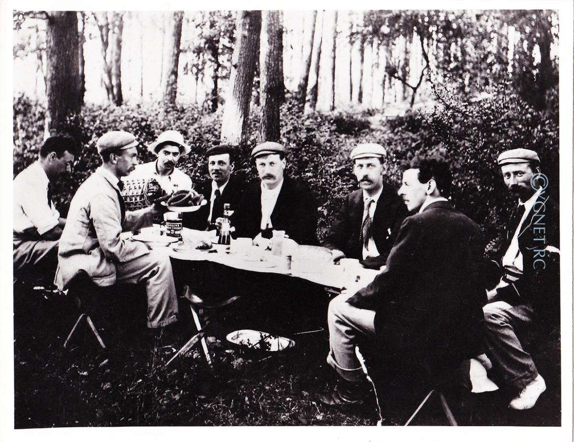 Sarsons, sausages and cider, Hamhaugh Island, 1909